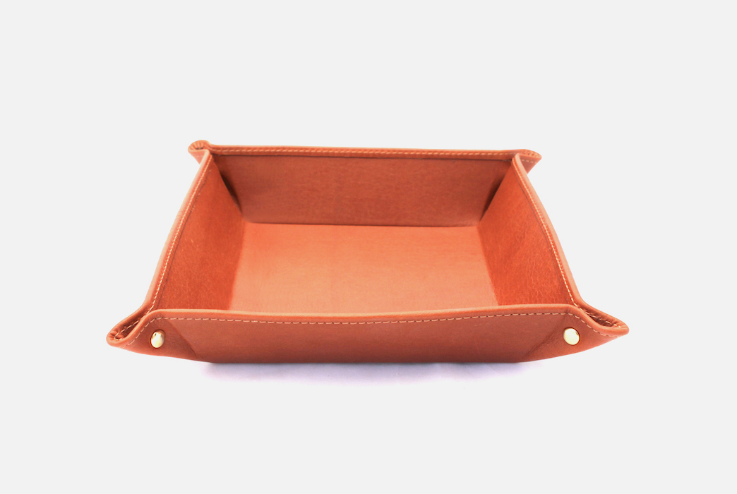 Vide-poche en cuir - Personalized hotel leather tray