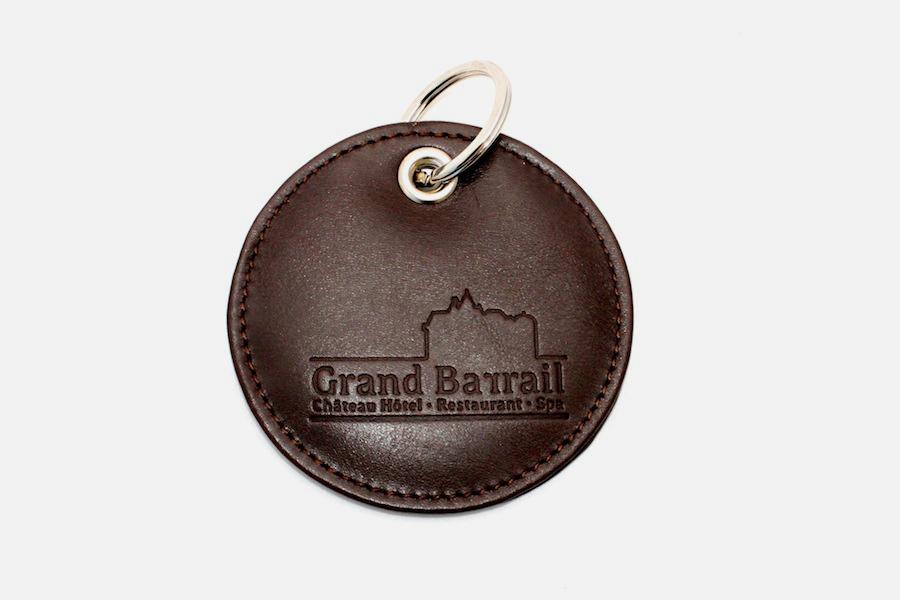 5d09536ea8e8 ... custom round leather key rings,porte-clés ronds en cuir personnalisés