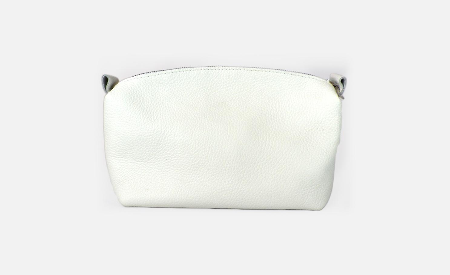 Custom leather cosmetic bags-Trousse de toilette en cuir personnalisée