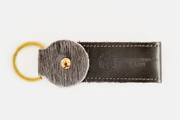 Custom cowhide key rings- Porte-clés en cuir et peau de vache