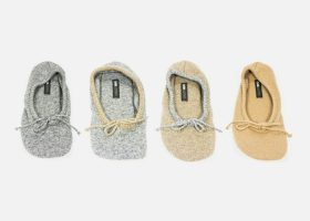 Embroidered wool travel ballet flats