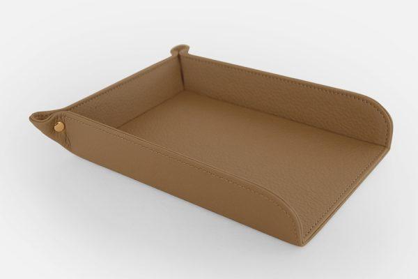 Bespoke customized leather box, Boîte en cuir personnalisée sur-mesure